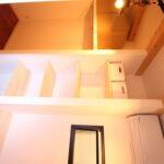 ロフト横の充実した収納スペース・WIC